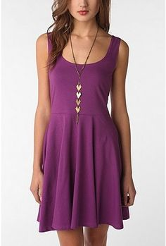 I love how simple and modest this dress is! I could wear it to work or out and about.