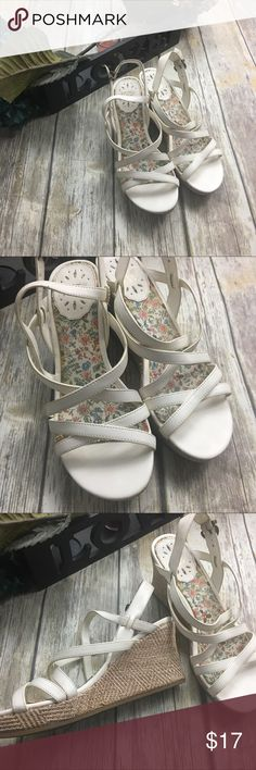 Hot Kiss White Strap Sandals White strap wedge sandals. Size 9. 3 inch wedge heel. Comfortable classy sandal. In good used condition normal wear. Hot Kiss Shoes Wedges