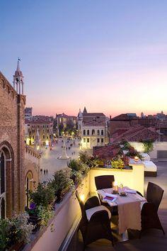 Bloom & Settimo Cielo in Venice, Italy. Win your dream city break with i-escape and Coggles. #Coggles #iescape #competition