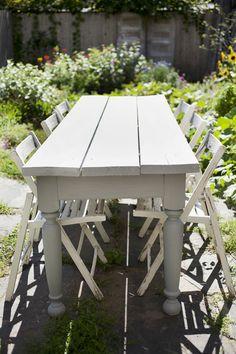 sweet garden dinner table