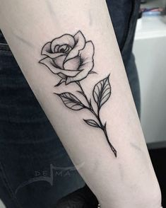 Ideas Line Art Tattoo Rose - You are in the right place about Ideas Line Art Tattoo Rose Tattoo Design And Style Galleries O - Rose Stem Tattoo, Simple Rose Tattoo, Rose Tattoo Forearm, Rose Tattoo On Back, Back Tattoo, Flower Tattoos, Rose Outline Tattoo, Tatoo Rose, Rose And Butterfly Tattoo