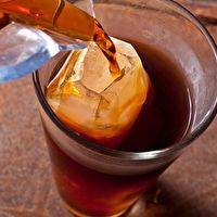 Easy Cold-Brewed Coffee by Chow