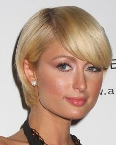 Very Short Bob Hairstyles Brilliant 10 Bob Hairstyles with Bangs for Round Faces Of 28 Adorable Very Short Bob Hairstyles - Lovely Very Short Bob Hairstyles, 15 Very Short Bobs to Get Specific Very Short Bob Hairstyles Very Short Bob Hairstyles, Short Haircuts With Bangs, Blonde Bob Hairstyles, Short Haircut Styles, Round Face Haircuts, Female Hairstyles, Fine Hairstyles, Classy Hairstyles, Medium Hairstyle