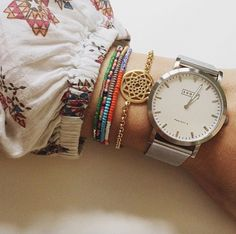 Shore Projects watch   Love the vintage inspired classic design of this watch.
