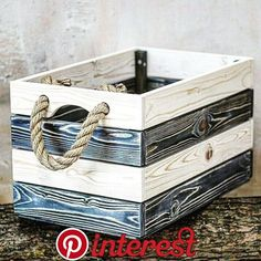 Outdoor Pallet Furniture Decorations Outdoor Pallet Furniture Decorations – Totes, caddies and trugs. Wood Crates, Wood Boxes, Wood Pallets, Pallet Furniture, Furniture Decor, Wooden Pallet Projects, Wooden Diy, Woodworking Crafts, Decoration