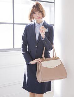 ネイビーで知的な印象に 〜就活ファッション スタイルのアイデア コーデまとめ〜