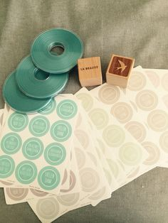 Das nächste packet ist endlich da , nur kleine Sachen für Verpackung und die tollen Give aways zur Eröffnung !!!