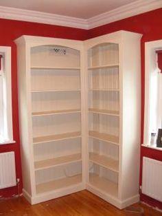 Corner bookshelf for Big Girl Room