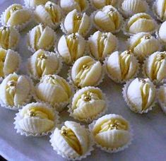 Food Garnishes, Biscotti, Food Inspiration, Christmas Cookies, Garlic, Food And Drink, Cupcakes, Sweets, Vegetables