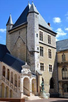 Dijon, Palais des Ducs et des Etats de Bourgogne, Tour de Bar, Burgundy, France