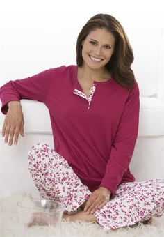 Order women's tops and choose from a wide variety of cute colors and styles. Red Dress Boutique is your one-stop shop for the hottest shirts, sweaters, and more! Plus Size Sleepwear, Plus Size Pajamas, Sleepwear Women, Pajamas Women, Loungewear, Big And Tall Outfits, Plus Size Outfits, Fashion Wear, Fashion Outfits