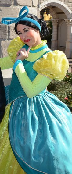 Walt Disney World, Magic Kingdom, Fantasyland, Anastasia Drizella Lady Tremaine, Cinderella Step Sisters, Meet and Greet tami@goseemickey.com