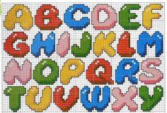 Colección de letras en punto de cruz de diferentes estilos y con todos los detalles para que puedan ser reproducidas en tus bordados.  Hay una primera tanda