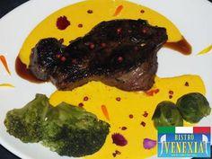 Entrecote di carne della Galicia, in salsa maltese.