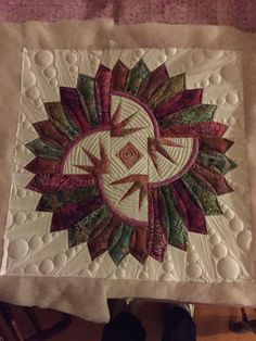 You have to see Quiltworx Dresden plate class by TeresaTaylor!