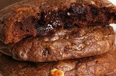 Aprenda a fazer o cookie de de brownie: | Juntamos duas delícias de chocolate e criamos o cookie de brownie