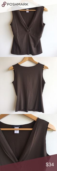 """Boston Proper Brown Top Size M Excellent condition. Like new. Size M. Color brown. Fabric 92% Rayon, 8% spandex. Made in USA. Length 23"""". Chest (laying flat) 17"""". Boston Proper Tops"""