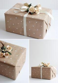 DIY polkadot gift wrap
