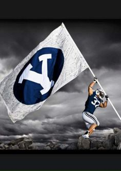 BYU just is amazing, how are they not? Byu Sports, Sports Memes, Football And Basketball, College Football, Religious Experience, Brigham Young University, Blue Bloods, Pool Towels, Football Season