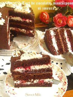 tort-de-ciocolata-mascarpone-si-zmeura-1 Romanian Desserts, Confort Food, Sweet Bread, Pie Recipes, Vanilla Cake, Tiramisu, Bakery, Goodies, Food And Drink