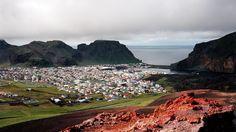 Overview of Vestmannaeyjar from the Eldfell