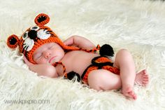 Crochet Tiger Hat   Bengals  Who Dey by PhotoPropsnMore on Etsy