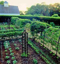 Oscar De La Renta's Conn. garden