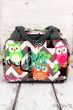 Carry your lunch in style with this bowler style insulated lunch bag. Gray Chevron Owl Party Insulated Bowler Style Lunch Bag with Gray Trim #lunchbag #monogram #backtoschool