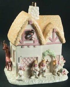 Snow White & The 7 Dwarfs Cookie Jar by Lenox