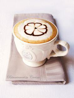 Ritroviamoci in Cucina: Flower Cappuccino
