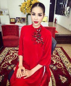 Áo dài trở thành trang phục thảm đỏ được yêu thích nhất của sao Việt dịp cận Tết - Ảnh 2.