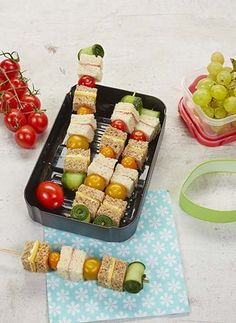 Lunch To Go, Lunch Kids, Bento Box Lunch, Bento Lunchbox, Recipe Details, Kids Meals, Party Favors, Vegetables, Kid Lunches