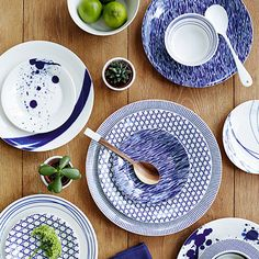 Royal Doulton || Royal Doulton is part of WWRD United Kingdom Ltd, the world's largest tabletop, gift, crystal, silver and ceramics company.