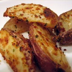 Roasted red Potatoes are like MY FAV side dishes.
