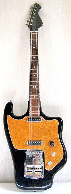 10 Crazy Guitars We Bet You've Never Seen | Tone Report