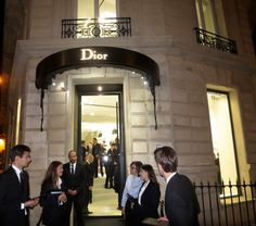 DIOR HOMME ..Opening