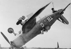 The pilot of this Chance-Vought Corsair fighter which crashed through the barrier of HMS Smiter when landing on and ended upside down resting at around 45 degrees, escaped with only a bruised thumb. Ww2 Aircraft, Military Aircraft, Aircraft Photos, Fighter Pilot, Fighter Jets, Royal Navy Aircraft Carriers, Aviation Accidents, War Photography, Aircraft Design