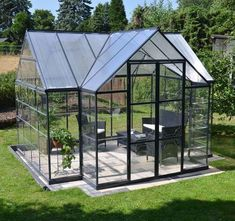 glass houses - Google Search Backyard Greenhouse, Greenhouse Growing, Small Greenhouse, Greenhouse Plans, Pergola Plans, Greenhouse Wedding, Greenhouse Frame, Portable Greenhouse, Homemade Greenhouse