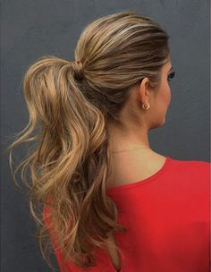 20 Cute and Comfy Taming-the-Frizz Hairstyles