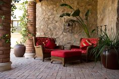 Love the Tommy Bahama look for that tropical island feel? Check out the exclusive line from our partner Today's Patio at our showroom in Scottsdale! #outdoorfurniture #patiofurniture