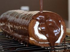 Brazo de gitano bañado en chocolate - Spanish Dessert