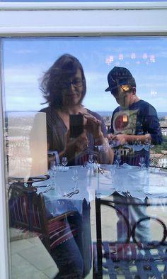 reflets de la vie actuelle à Carcassonne