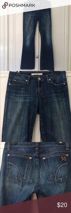 """Joe's Jeans Joe's """"Honey"""" Jean. Size 27. Very Soft! Some wear & tear at the bottom. Curvy Bootcut. Joe's Jeans Jeans Boot Cut"""