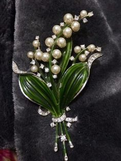 Trifari-Alfred-Philippe-Green-Enamel-Pearl-Crystal-Lily-of-the-Valley-Brooch