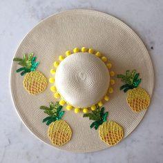 Women S Fashion Zara Product Summer Diy, Summer Hats, Diy Fashion Projects, Floppy Sun Hats, Balenciaga Handbags, Crochet Cap, Beach Accessories, Fashion Accessories, Diy Hat