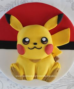 How to make a pikachu model out of fondant, modelling paste, fimo, polymer clay. Pokemon cakes and models. Pokemon Go Cakes, Pokemon Cake Topper, Disney Cake Toppers, Bolo Pikachu, Pikachu Cake, Pokemon Birthday, Pokemon Party, Cupcakes, Cupcake Cakes
