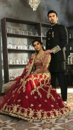 Pakistani Couture, Pakistani Bridal Wear, Bridal Lehenga, Wedding Outfits For Groom, Indian Wedding Outfits, Wedding Dresses, Ethnic Fashion, Indian Fashion, Mehndi Outfit
