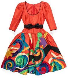 Yves Saint Laurent, robe du soir Picasso automne-hiver 1979-1980  Moire de Taroni, application d'imprimés de Brossin de Méré ; ceinture en satin de Moreau Les Arts Décoratifs, Paris