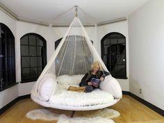 indoor hammock Indoor Floating Bed in the Artist Formerly Known as Princes House. Indoor Hammock Bed, Hammock In Bedroom, Indoor Tents, Dream Rooms, Dream Bedroom, Room Ideas Bedroom, Bedroom Decor, Hanging Beds, Outdoor Hanging Bed