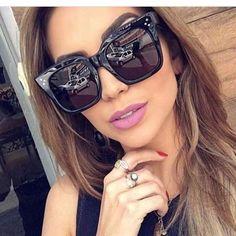 Winla 2017 óculos de Sol Da Moda Óculos De Sol Das Mulheres Designer de  Marca de Luxo Do Vintage Rebite Feminino Shades Estilo Big Quadro Ó…    ÓCULOS❤ em ... 06afc7f743